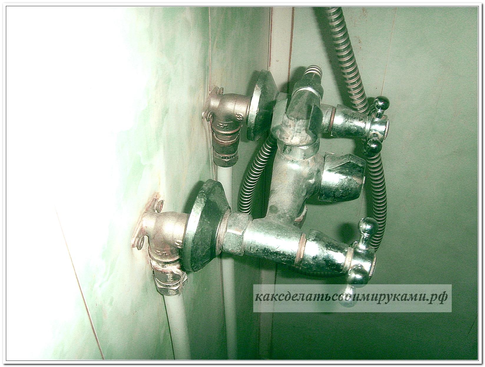 Как сделать подводку к смесителю в ванной через стену