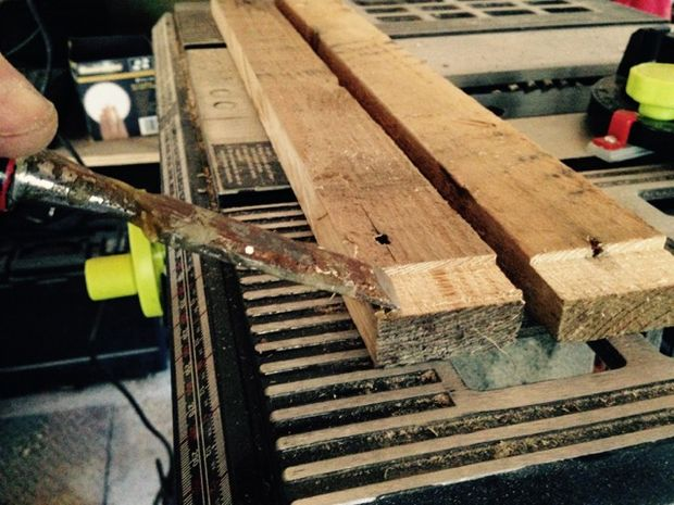 Make a Honey Bee Hive from old wooden skids