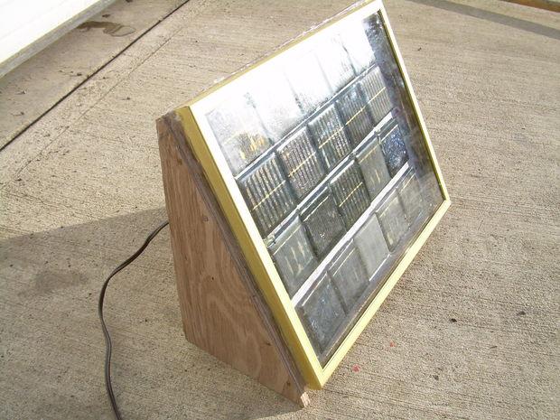 Солнечная батарея своими руками из старых садовых светильников